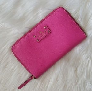 Like New Oversized Kate Spade Pink Wallet!